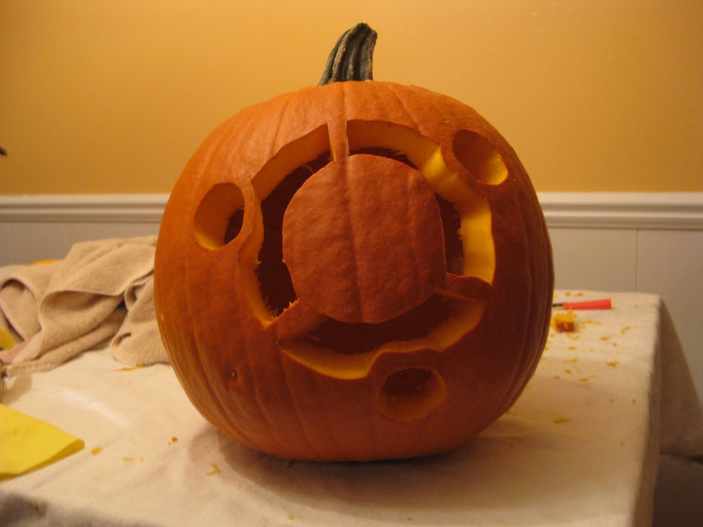 Dual-Boot Pumpkin Front (lights on)